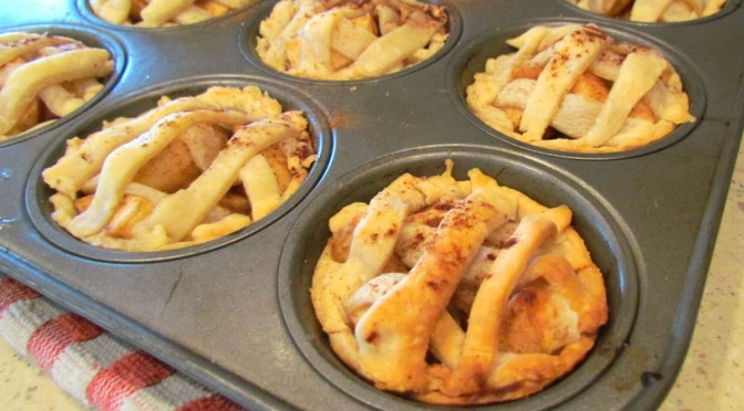 homemade mini apple pies