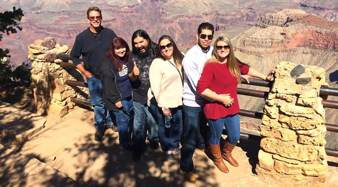 family-reunion-at-the-grand-canyon