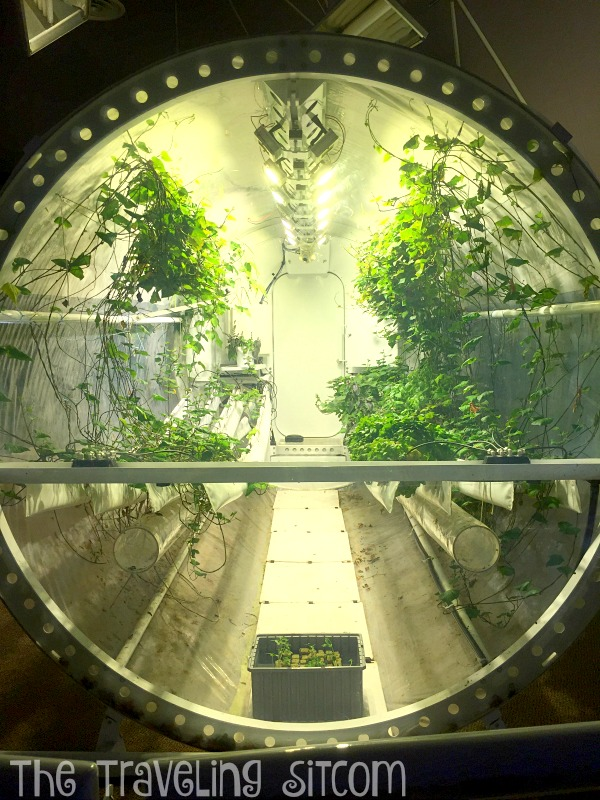 look at biosphere 2 the human experiment2